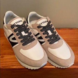 NWT Tretorn Sneakers